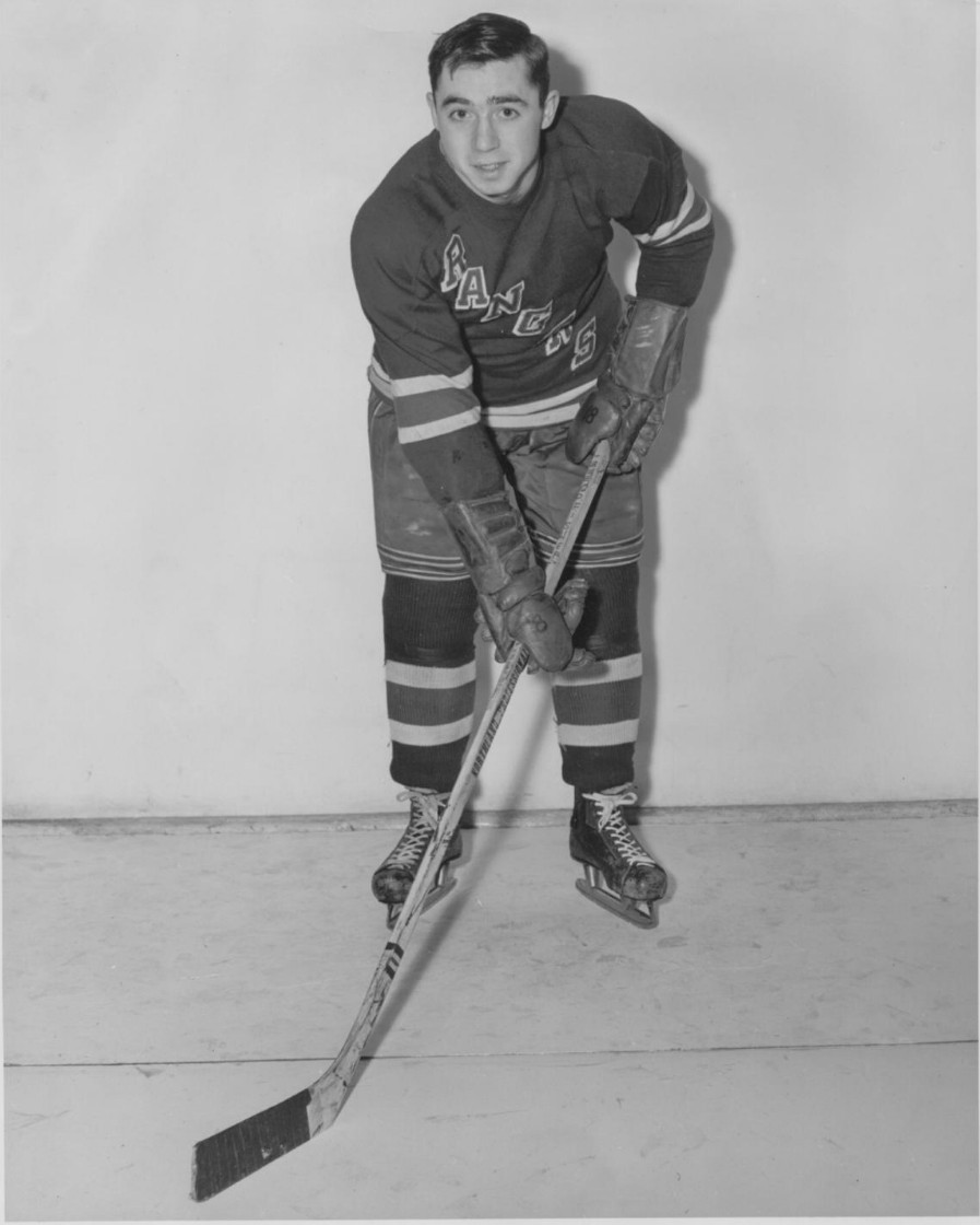Dunc Fisher with the New York Rangers in 1948