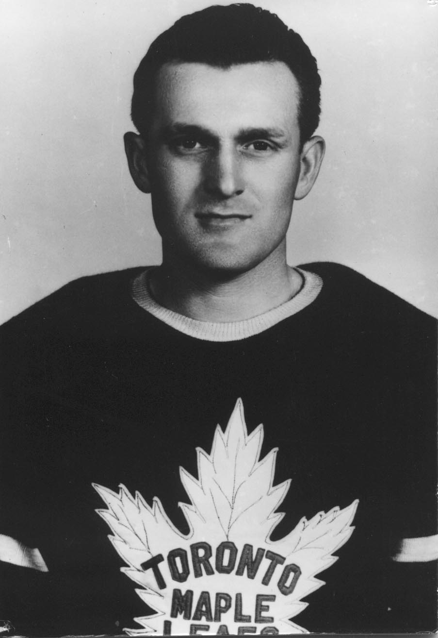Don Metz with the Toronto Maple Leafs